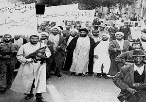 دوم بهمن ۵۷ نقطه عطفی در تاریخ انقلاب اسلامی ایران به شما می رود