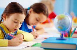 آیا می دانید دلایل دیر حرف زدن کودک چیست؟