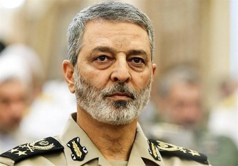 پیام تبریک فرمانده کل ارتش بمناسبت چهل و یکمین سالگرد پیروزی انقلاب اسلامی