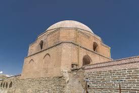 کاوشهای باستانشناختی در ضلع شرقی مسجد جامع ارومیه آغاز شد