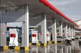 اتخاذ تمهیدات مقابله با کرونا در جایگاه های فرآورده های نفتی و CNG منطقه ارومیه