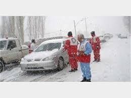 به ۲۳۲ مسافر گرفتار برف و کولاک در آذربایجانغربی امدادرسانی شد