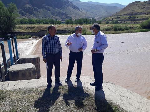بازدید قائم مقام شرکت آب و فاضلاب استان از تاسیسات تولید و انتقال آب شرب ماکو