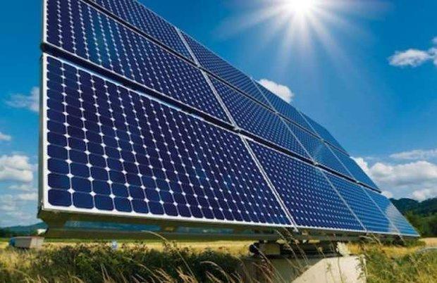 نصب پنلهای خورشیدی در محوطه امامزادگان آذربایجانغربی
