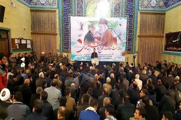 راه پیروزی اسلام با خون شهیدان سیراب میشود/ سردار سلیمانی در تاریخ جهان اسلام جاودانه ماند