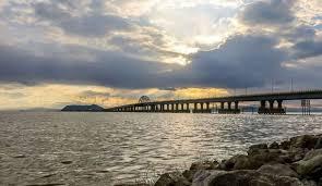 بسته شدن مسیرهای منتهی به حاشیه دریاچه ارومیه