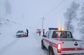 امدادرسانی به ٨٩٨ مسافر گرفتار در برف و کولاک در استان آذربایجان غربی