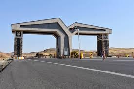 جادههای ورودی به منطقه آزاد ماکو بسته شد